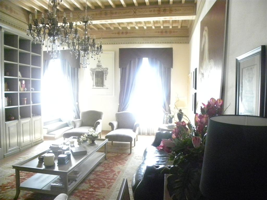 San lorenzo a pagnatico, Cascina, Rustic farmhouse for sale of 360 Sq. mt., Restored, Heating Individual heating system, Energetic class: E, Epi: 86.