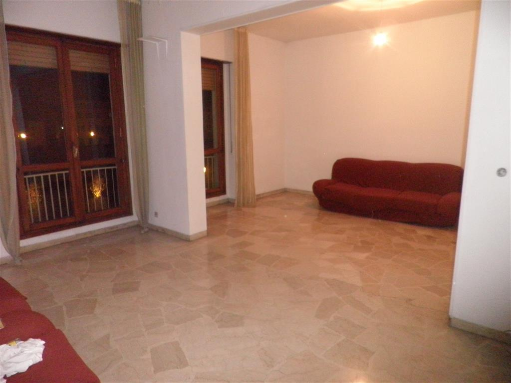 Appartamento, Lungarni, Pisa, abitabile