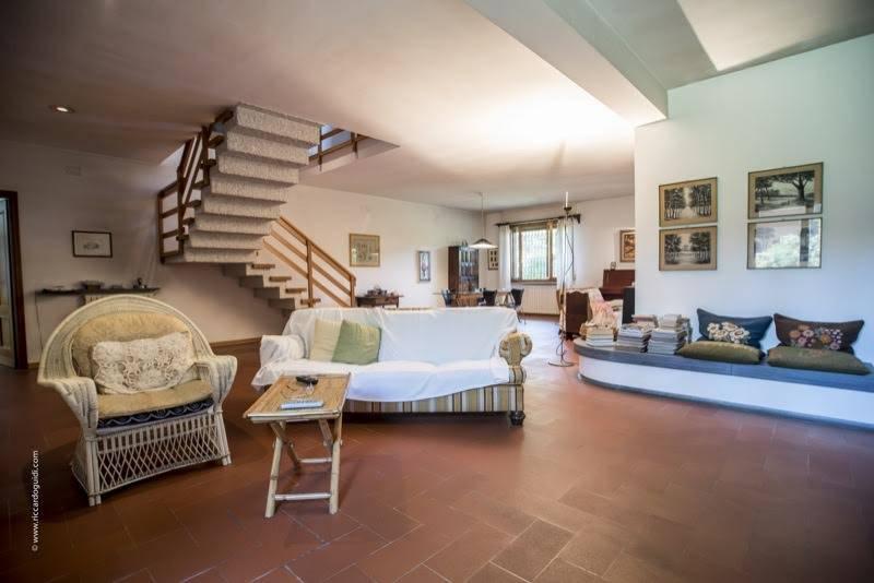 Villa, C. Storico,porta a Lucca, Pisa, in ottime condizioni