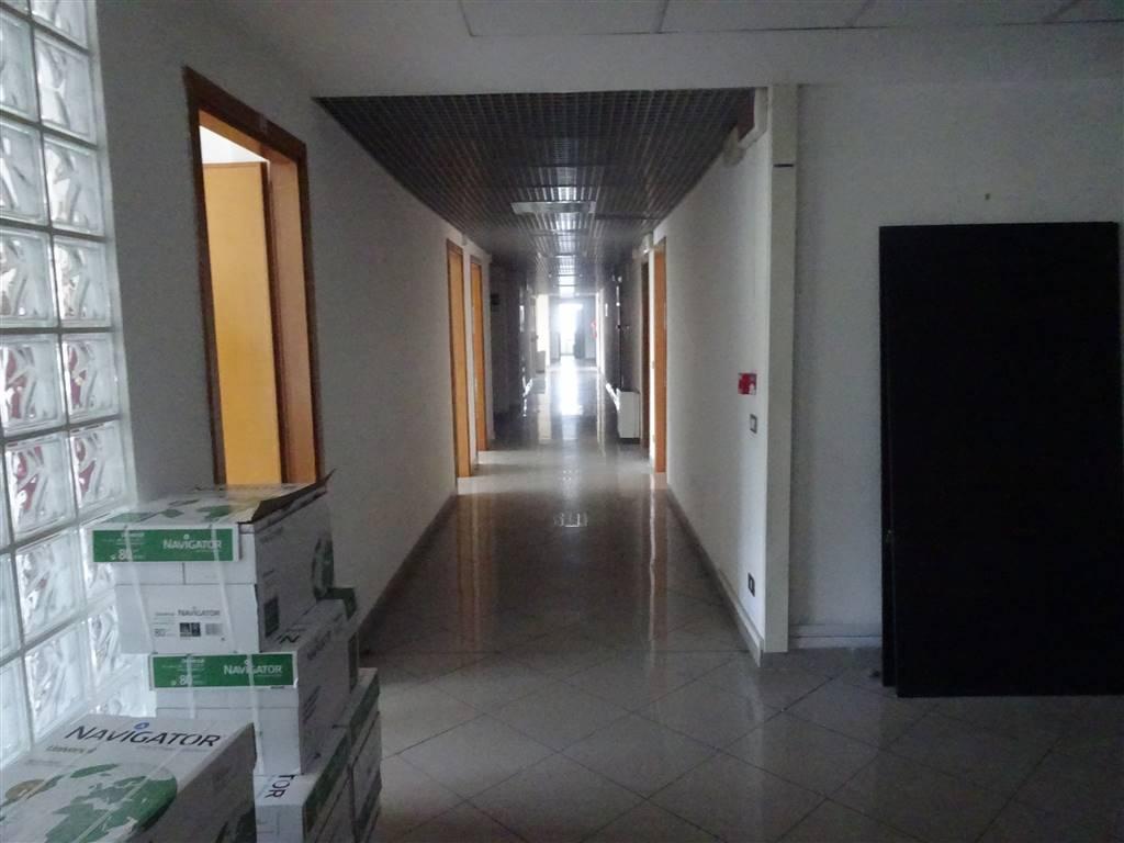 Capannone industriale, Pisa