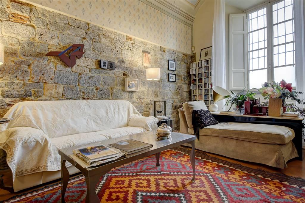Appartamento indipendente, Lungarni, Pisa, in ottime condizioni
