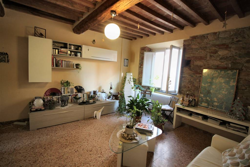 LA CORTE, CALCI, terraced house for rent of 99 Sq. mt., Heating Individual heating system, Energetic class: G, Epi: 2 kwh/m2 year, placed at Ground