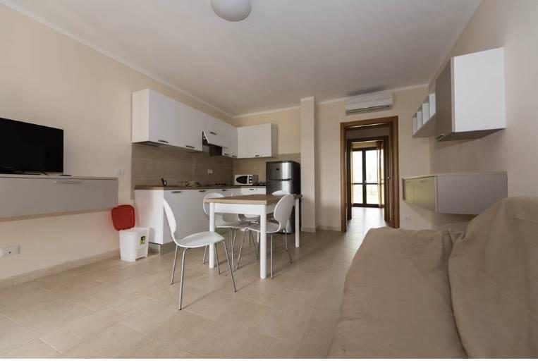 TIRRENIA, PISA, Квартира в аренду из 70 Км, Отличное, Отопление Независимое, Класс энергосбережения: B, на земле 1° на 1, состоит из: 3 Помещения,