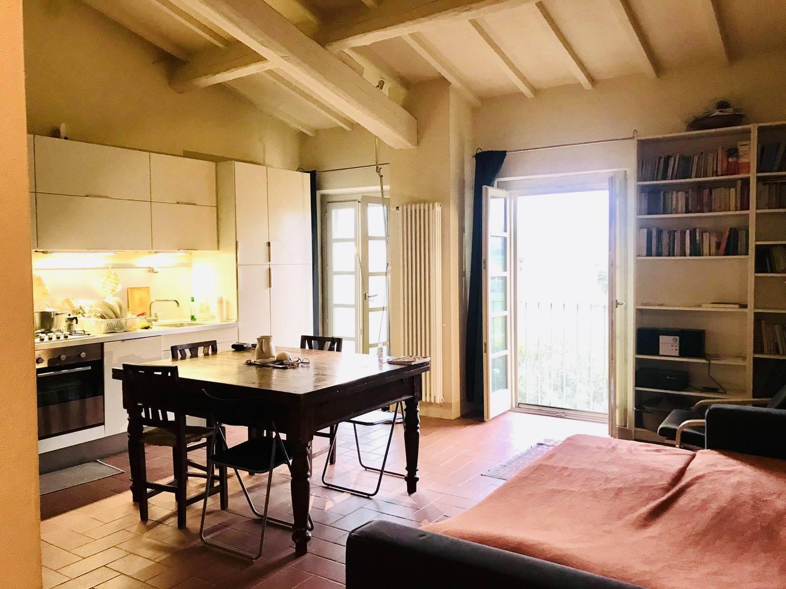 RIFERIMENTO 2101CD ORATOIO: Per chi cerca un punto d'appoggio su Pisa, per chi vuole fare un investimento, ma anche come abitazione principale,