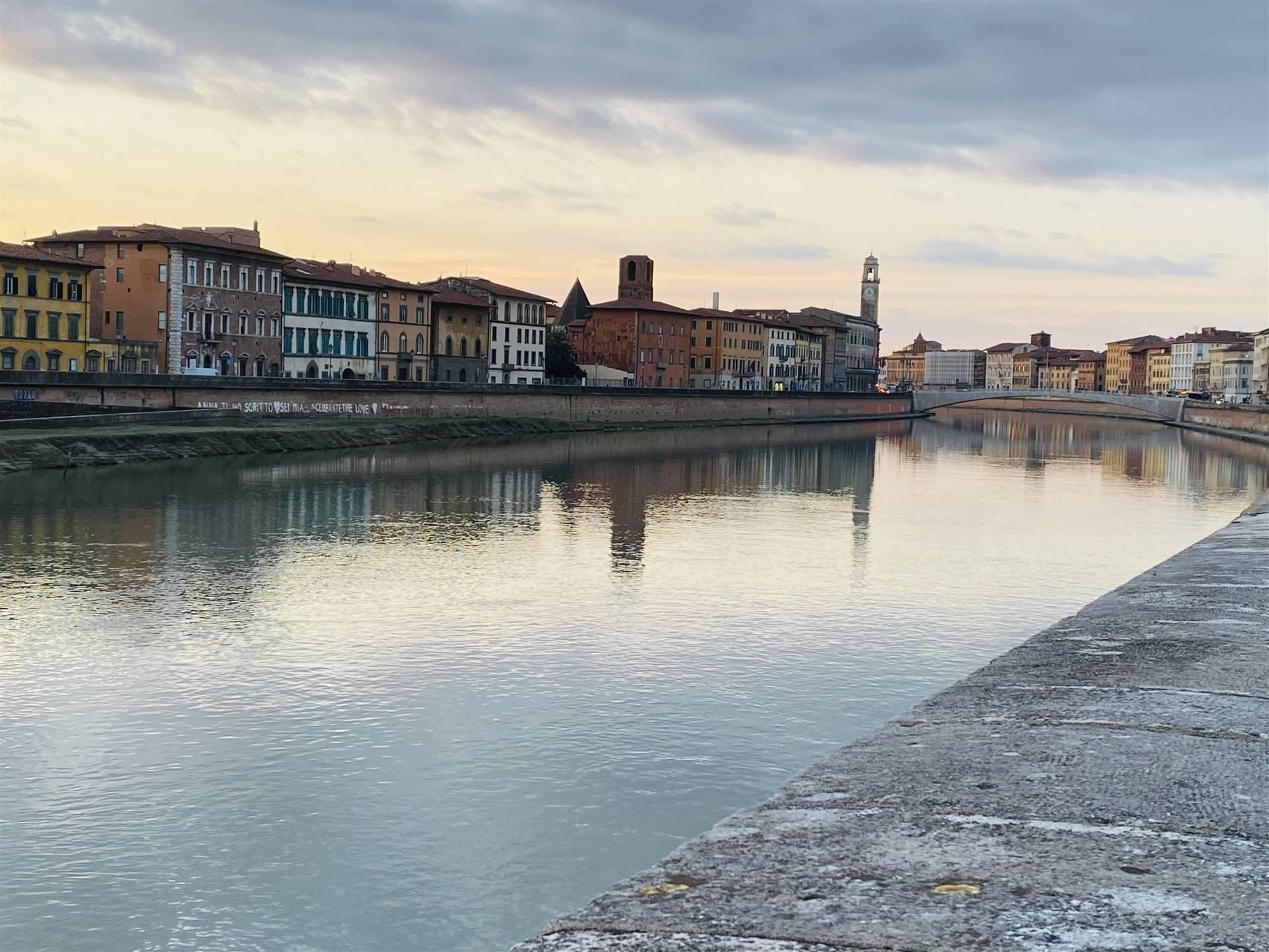 RIFERIMENTO 71CD CENTRO STORICO: Nel cuore di Pisa, a due minuti dagli splendidi Lungarni, inserito in un contesto signorile d'epoca storica,