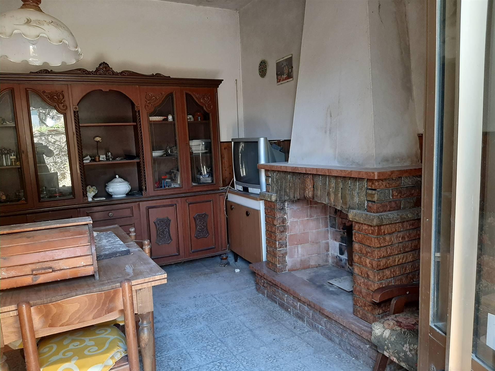 Riferimento 1403GA San Giuliano Terme vendesi villa singola su un piano da ristrutturare , con possibilità di accedere all'eco bonus ed al sisma
