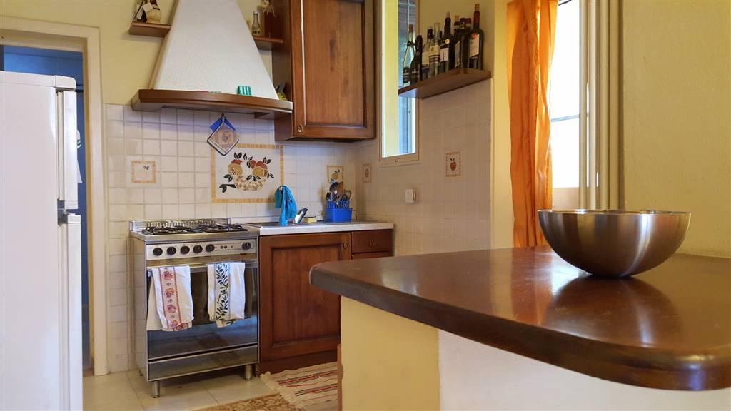 Appartamento indipendente, C. Storico,porta a Lucca, Pisa, ristrutturato