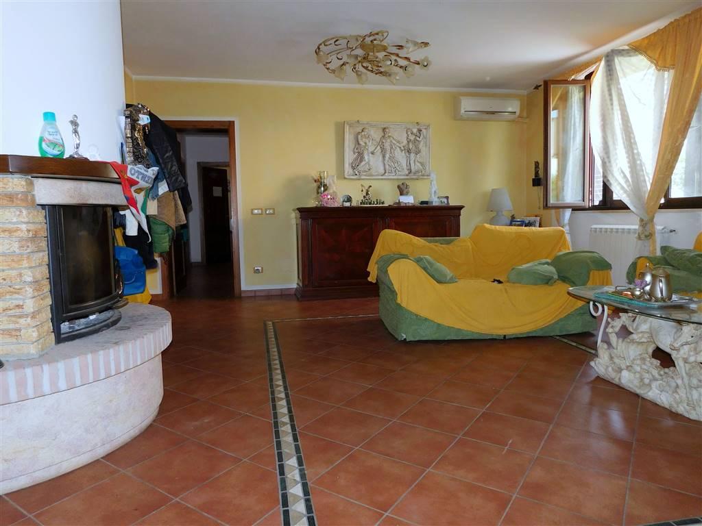 Villa, Lugnano, Vicopisano, in ottime condizioni