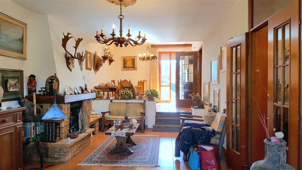 Villa a schiera, Cisanello,porta a Mare, Pisa