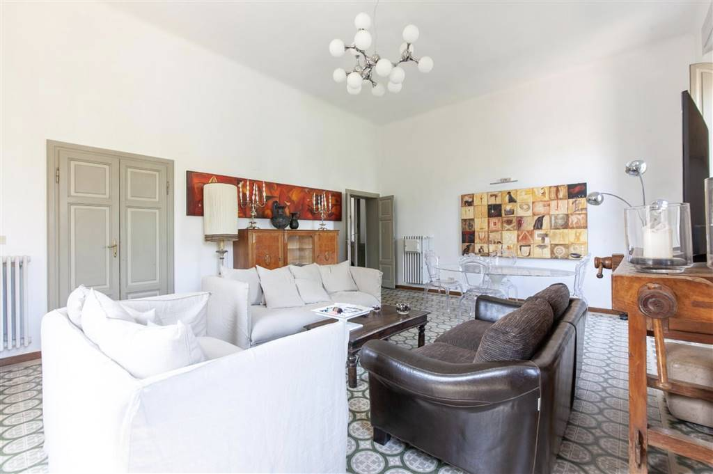 Villa, Zona Ingegneria, Pisa, ristrutturata