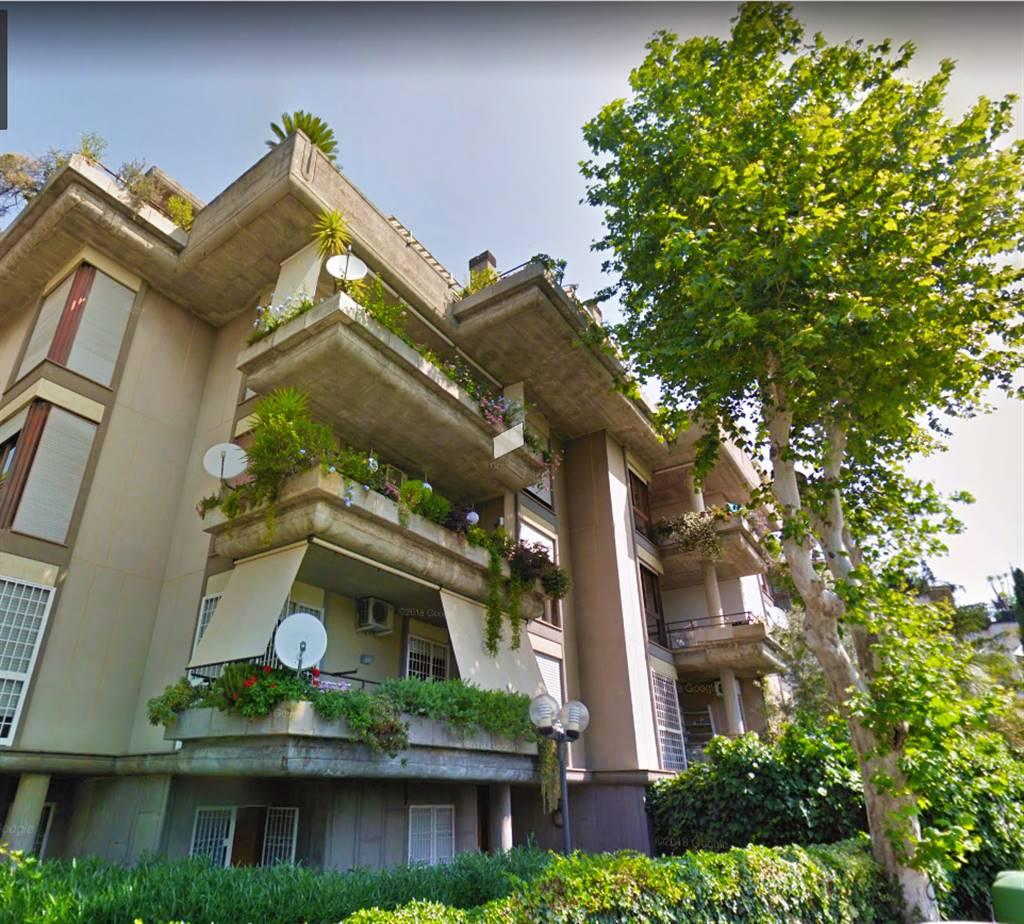 Appartamento in vendita a Roma, 1 locali, zona Località: CORTINA DAMPEZZO, prezzo € 89.000 | CambioCasa.it