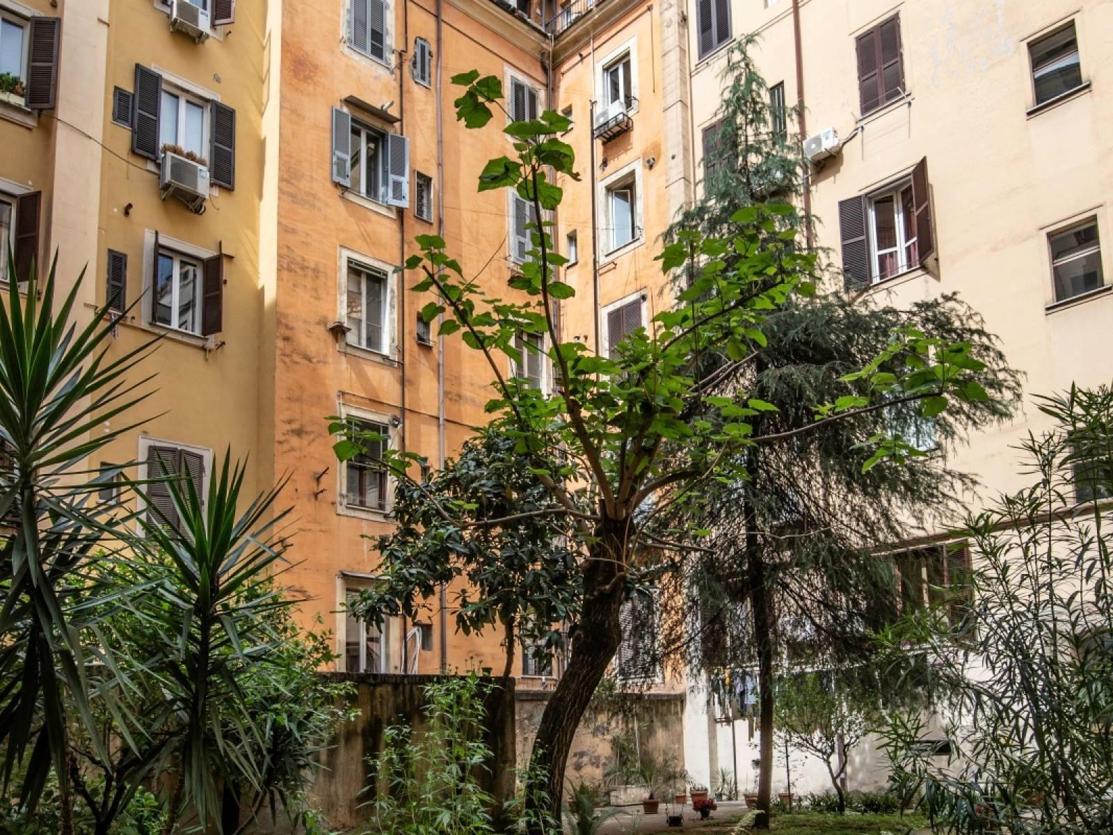 Appartamento in vendita a Roma, 4 locali, zona Zona: 7 . Esquilino, San Lorenzo, Termini, prezzo € 375.000 | CambioCasa.it