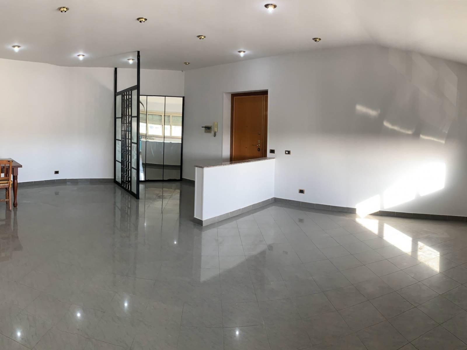 Appartamento in vendita a Roma, 4 locali, zona Zona: 27 . Aurelio - Boccea, prezzo € 285.000 | CambioCasa.it