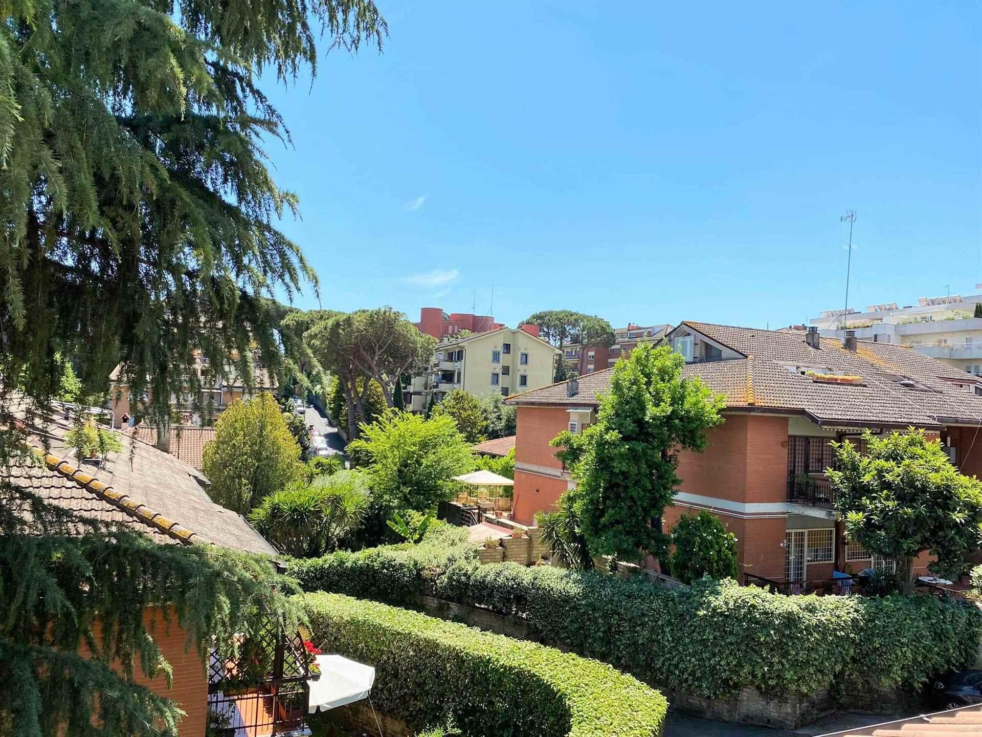 Appartamento in vendita a Roma, 2 locali, zona Zona: 42 . Cassia - Olgiata, prezzo € 165.000   CambioCasa.it