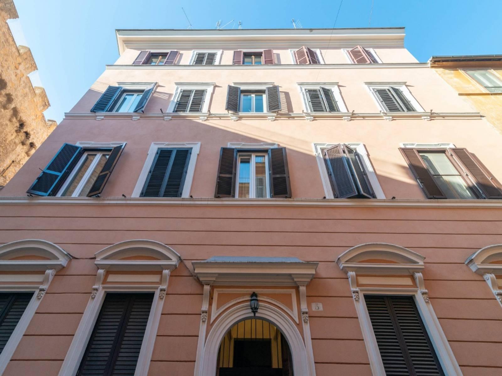 Appartamento in vendita a Roma, 90 locali, zona Zona: 30 . Prati, Borgo, San Pietro, prezzo € 575.000 | CambioCasa.it