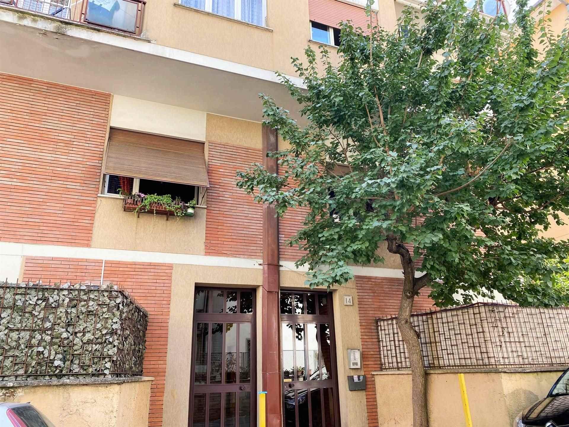 Appartamento in vendita a Roma, 3 locali, zona Zona: 42 . Cassia - Olgiata, prezzo € 179.000   CambioCasa.it