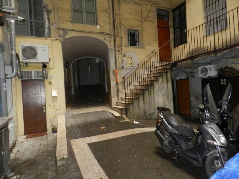 Magazzino in Via Alassandria, Bologna, Nomentano, Roma