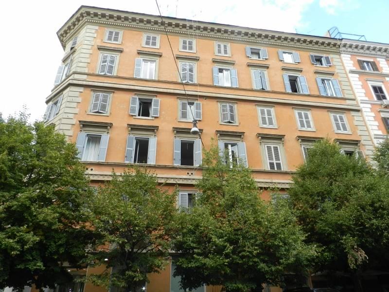 Trilocale in Via Boncompagni, Centro Storico, Roma