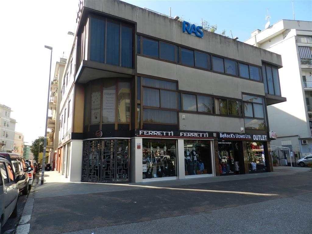 Ufficio in Via Degli Abeti, Casilina, Prenestina, Centocelle, Alessandrino, Roma