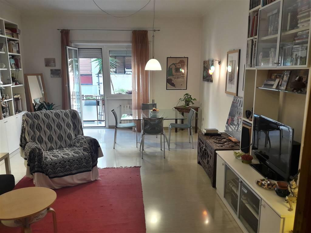 Appartamento in Via Val Maira, Roma