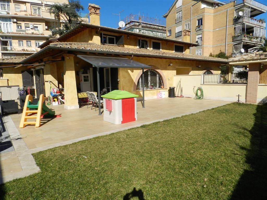 Villa in vendita a Roma, 3 locali, zona Località: CITTÀ GIARDINO, prezzo € 590.000 | CambioCasa.it