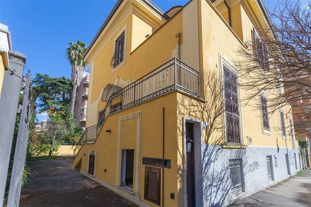 Villino in Via Archiano, Trieste , Somalia , Salario, Roma
