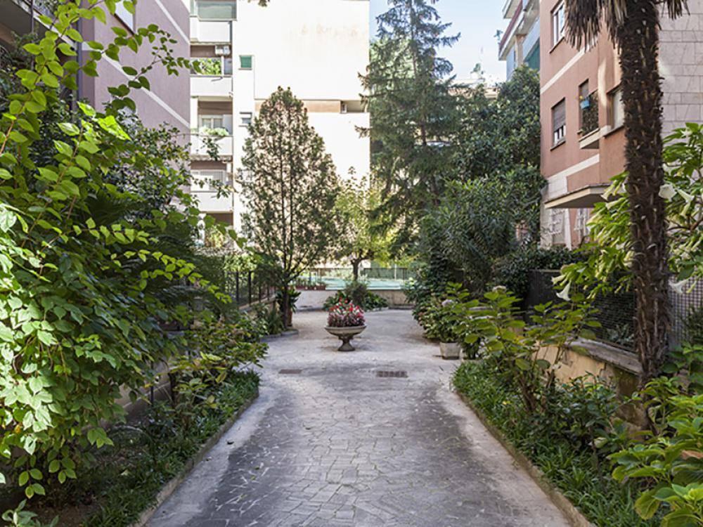 Trilocale in Via Luigi Chiarelli, Monte Sacro, Talenti, Vigne Nuove, Roma