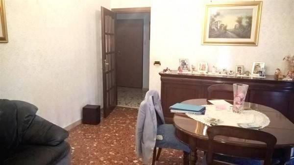 Trilocale in Via Attilio Odero, Torvergata,morena,romanina, Roma