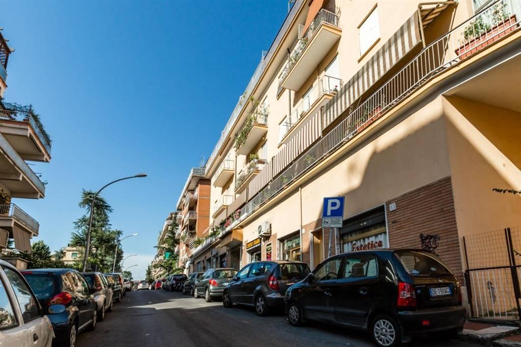 Bilocale in Via Luciano Zuccoli, Monte Sacro, Talenti, Vigne Nuove, Roma