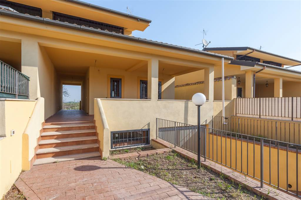 Villa in Via Quadrelle, Roma