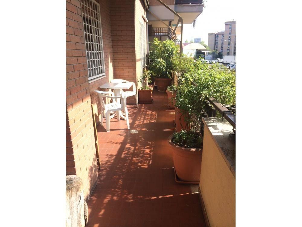 Trilocale in Via Alessandro Brisse, Portuense, Magliana, Roma