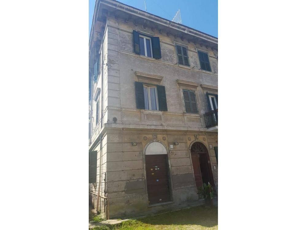 Palazzo in Via Delle Sette Chiese  00145, Ardeatino, Colombo, Garbatella, Roma