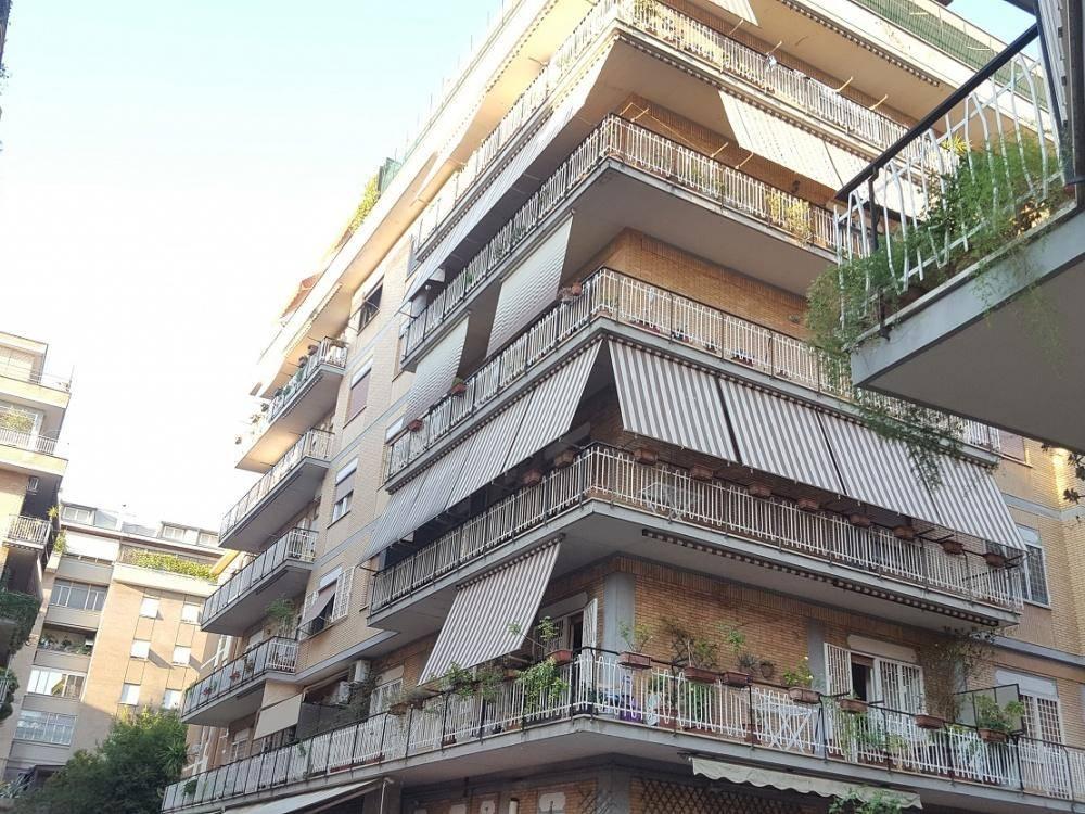 Quadrilocale in Via Carlo Dossi, Monte Sacro, Talenti, Vigne Nuove, Roma