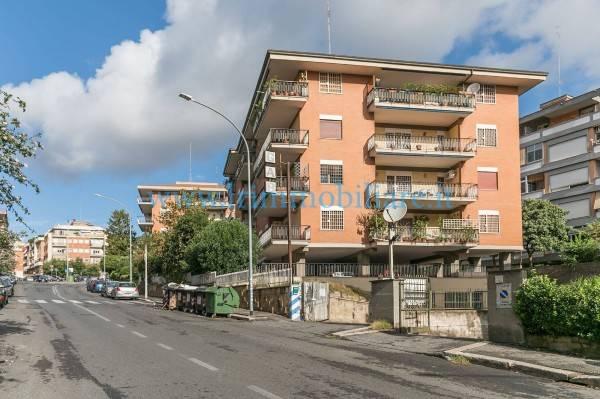 Trilocale in Via Pasquale Baffi, Portuense, Magliana, Roma