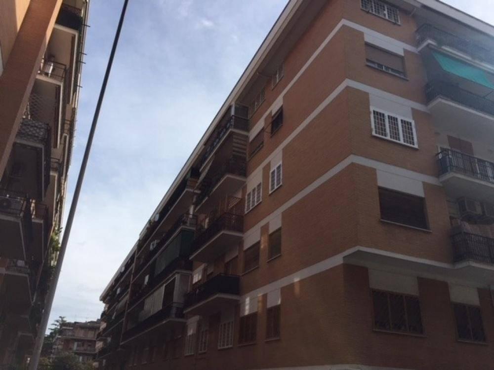 Trilocale in Via Dei Colli Portuensi, Roma