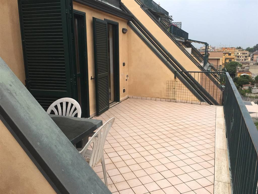 Trilocale in Via Delle Passiflore, Casilina, Prenestina, Centocelle, Alessandrino, Roma