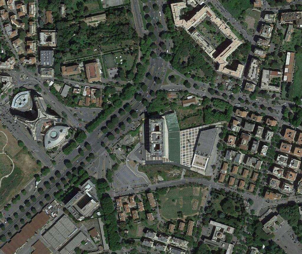 Negozio in Piazza Dei Navigatori, Ardeatino, Colombo, Garbatella, Roma