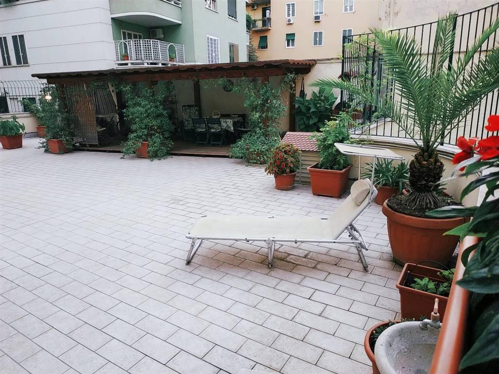 Quadrilocale in Via Nemorense, Trieste , Somalia , Salario, Roma