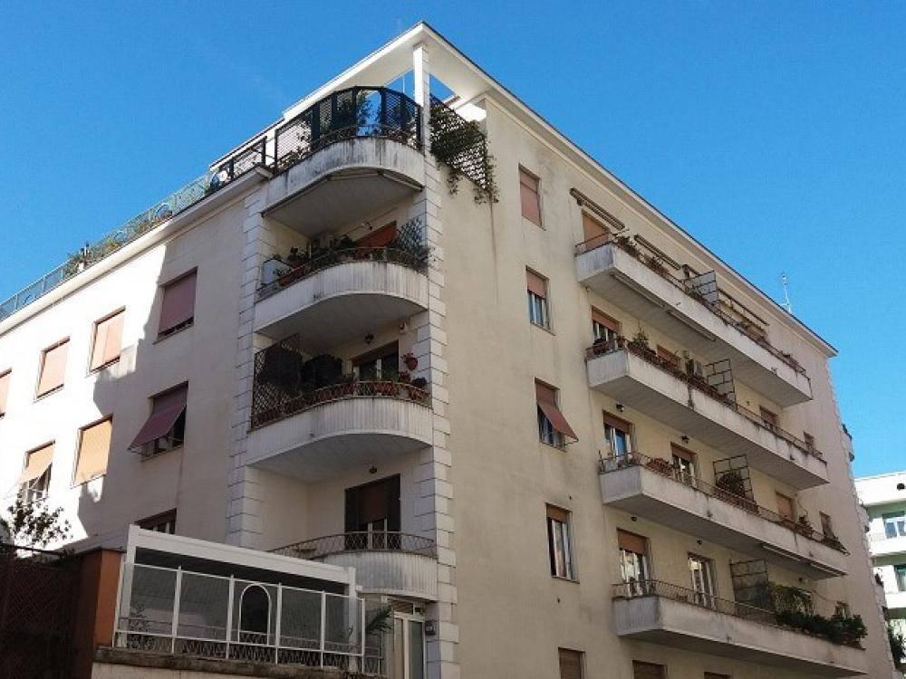 Quadrilocale in Via Torri In Sabina, Trieste , Somalia , Salario, Roma