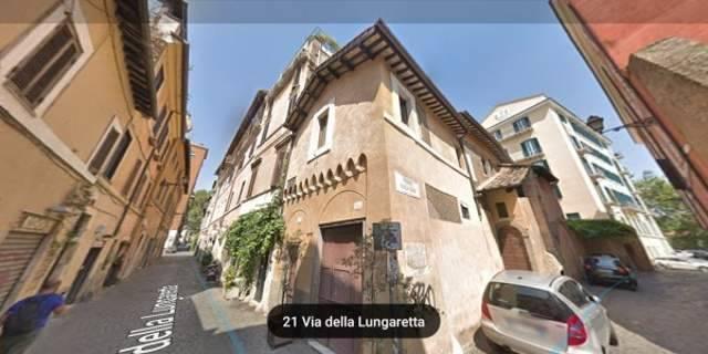 Quadrilocale in Via Della Lungaretta, Trastevere, Aventino, Testaccio, Roma