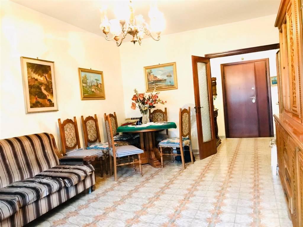 Trilocale in Via Pisino, Casilina, Prenestina, Centocelle, Alessandrino, Roma