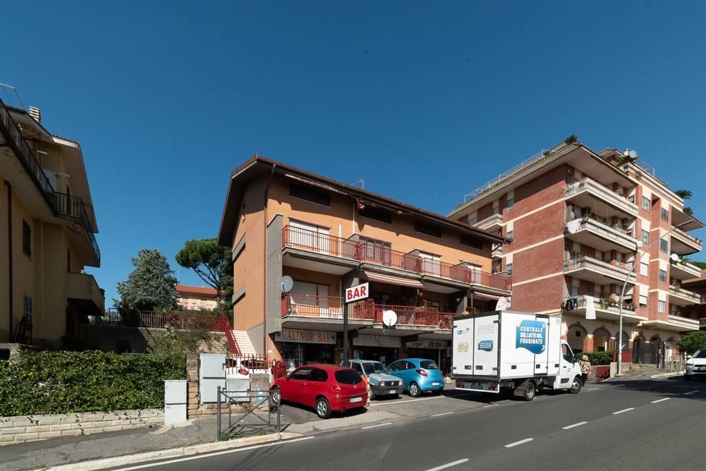 Appartamento in vendita a Colonna, 5 locali, prezzo € 169.900 | CambioCasa.it