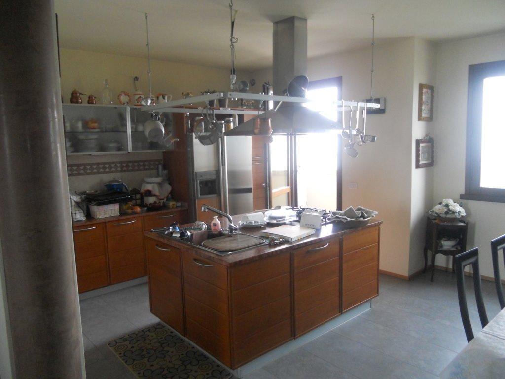 Case crocetta s pancrazio parma in vendita e in for Cerco casa privati
