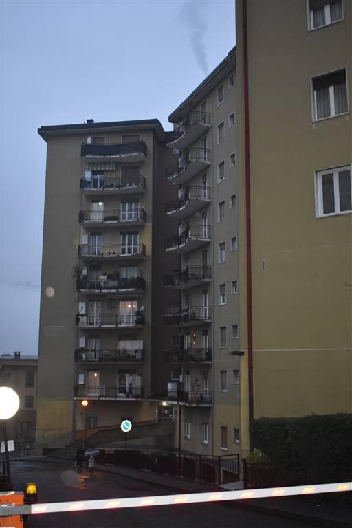 Appartamento posto in condominio all'ottavo piano con ascensore, così composto: ingresso, cucinotto, sala, disimpegno, camera da letto, ampio bagno