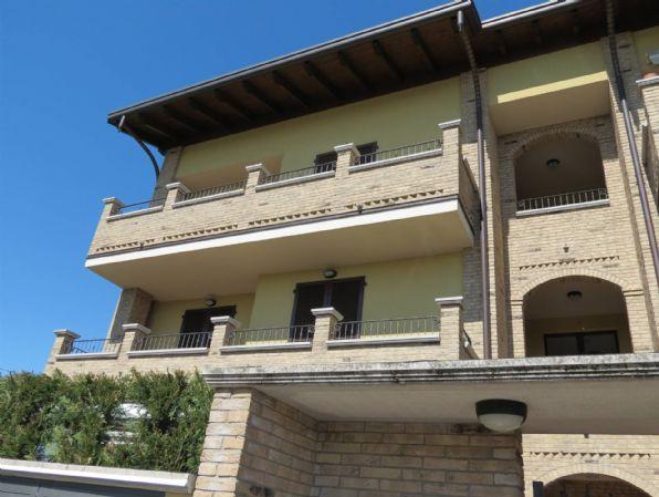 Vendita Trilocale Appartamento Cislago     272992