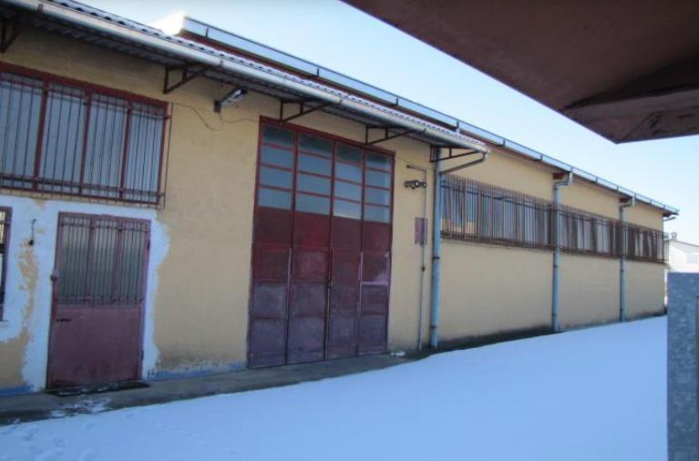 Capannone in vendita a Bagnolo Cremasco, 9999 locali, Trattative riservate   CambioCasa.it