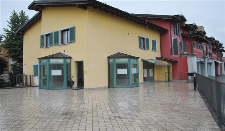 Negozio / Locale in vendita a Crema, 9999 locali, Trattative riservate | CambioCasa.it