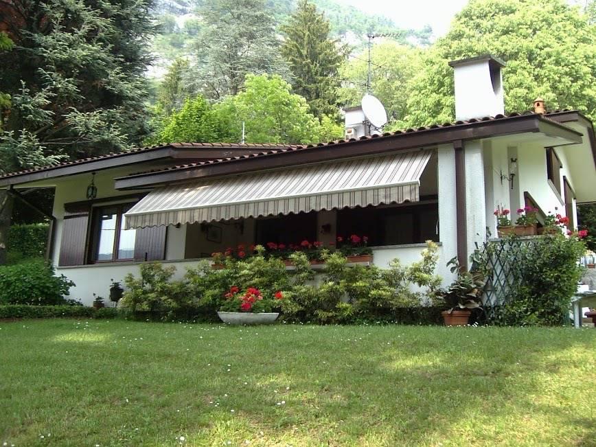 Villa in vendita a Canzo, 4 locali, prezzo € 560.000 | CambioCasa.it