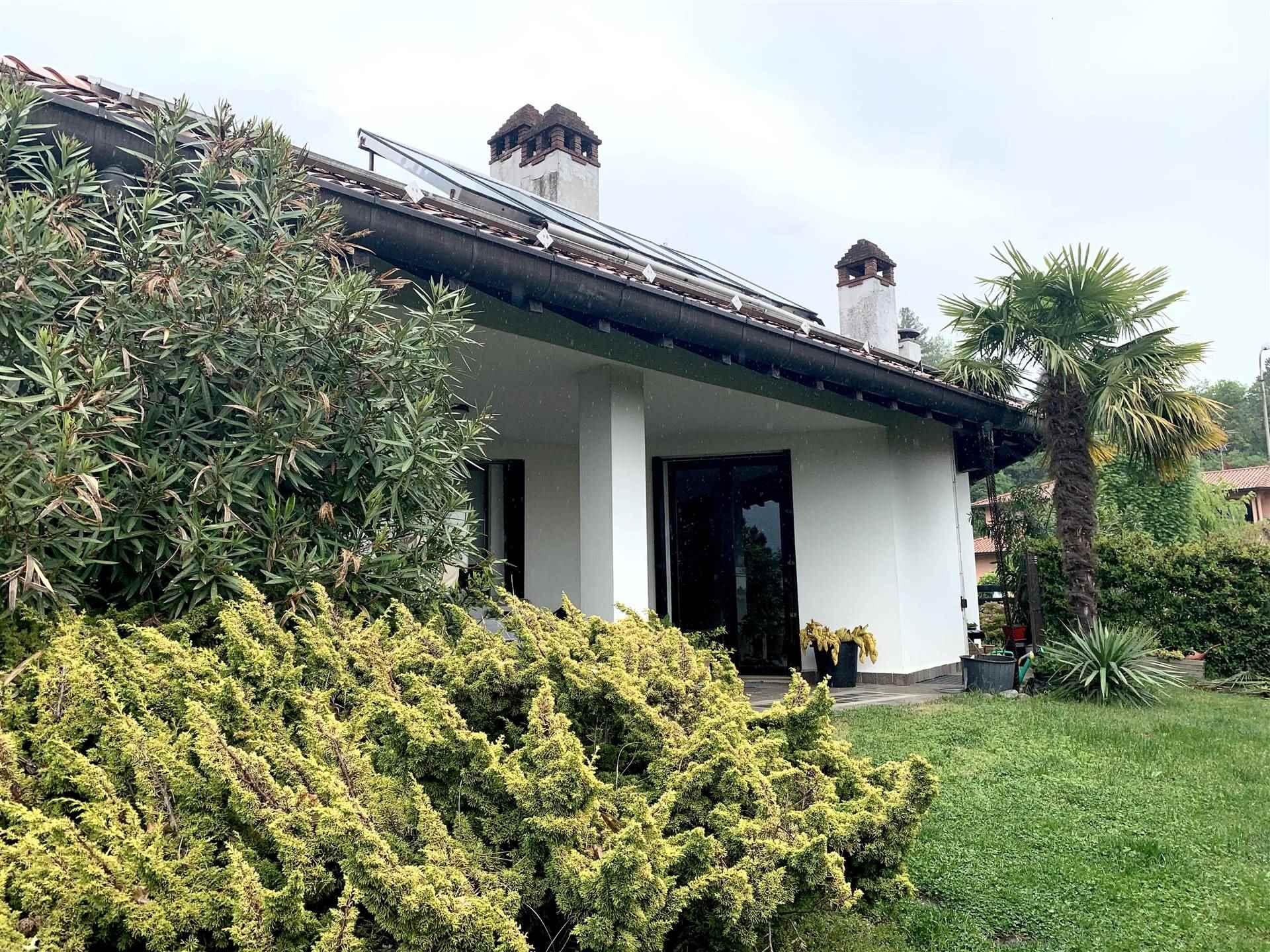 Villa in vendita a Proserpio, 6 locali, prezzo € 1.400.000   PortaleAgenzieImmobiliari.it