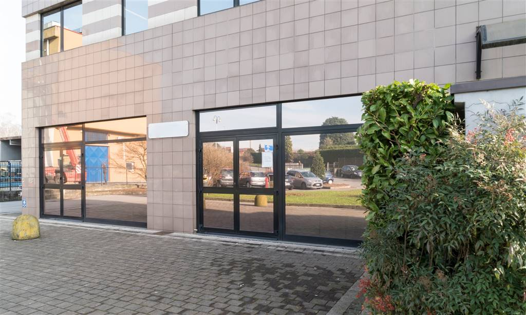 Ufficio / Studio in affitto a Orsenigo, 8 locali, Trattative riservate | PortaleAgenzieImmobiliari.it